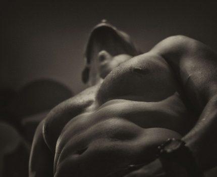 Testosteron – pożądany hormon mężczyzn