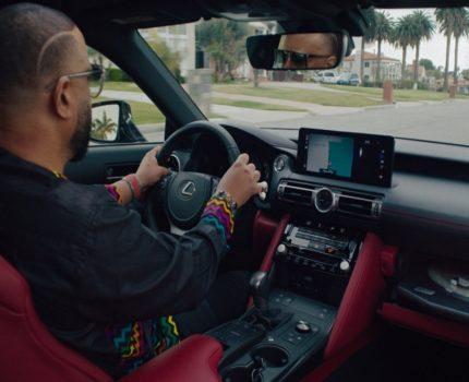 Słuchaj winyli w korku i na autostradzie. Lexus stworzył samochód z adapterem